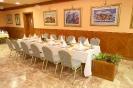 Restoran (Restaurant)